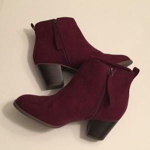 Maroon Booties / Ankle Boots Sz 6